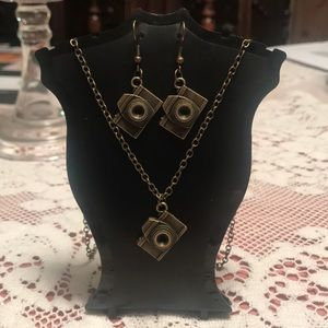 Jewelry - Camera Necklace and Earrings Set